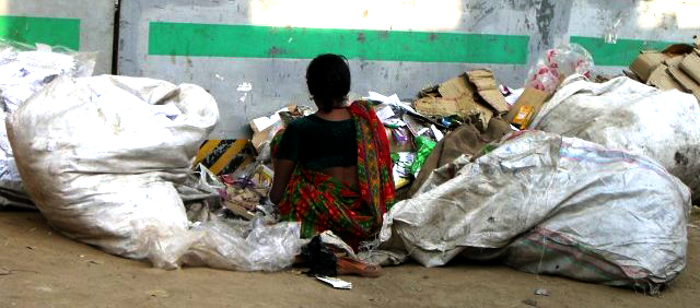 Delhi-woman-rubbish-panorama