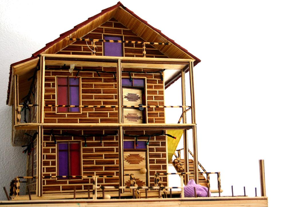prison-crafts-house