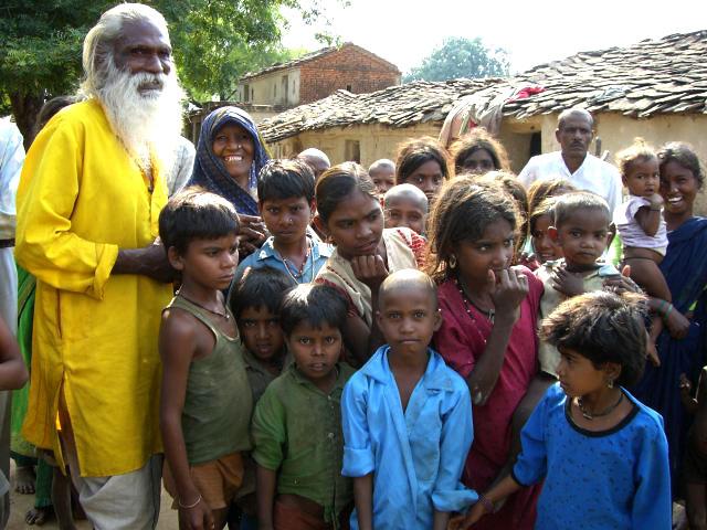 village-family-india