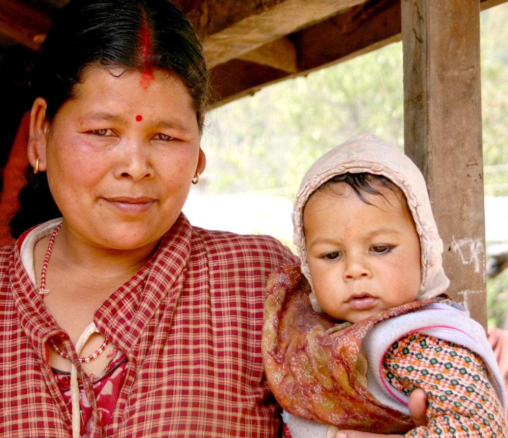 Hindu-woman-and-baby-Nepal
